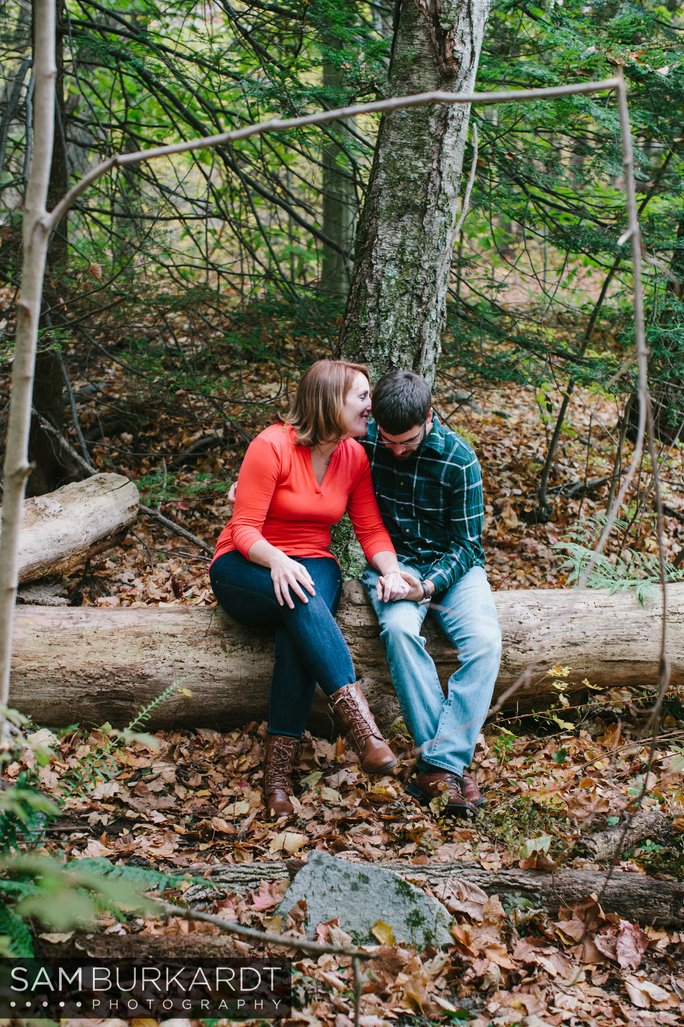 samburkardt-fall-engagement-connecticut-foliage-southford-falls-state-park_0016.jpg