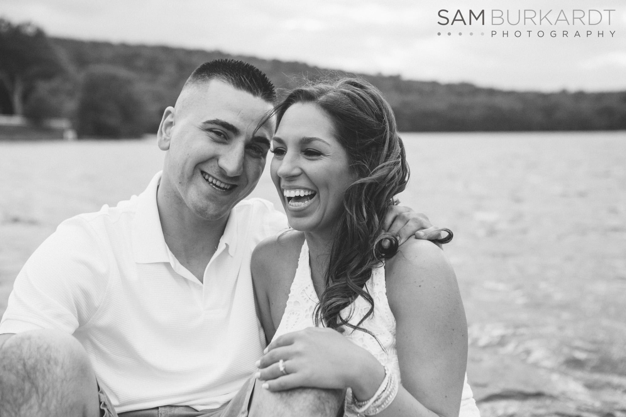 sburkardt_engagement_wedding_candlewood_lake_photography_010.jpg