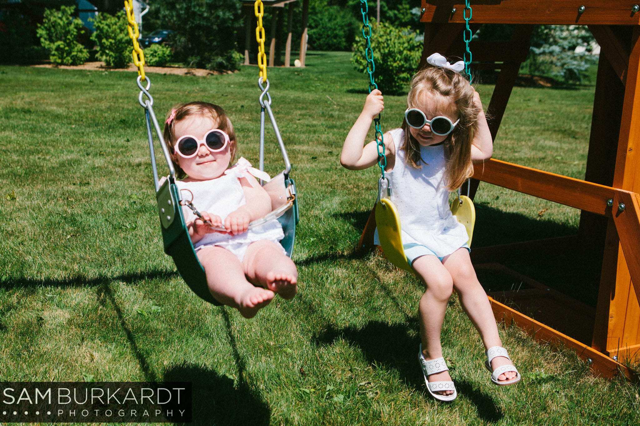 sburkardt_family_portraits_photoshoot_ridgefield_connecticut_summer_tea_party_009.jpg