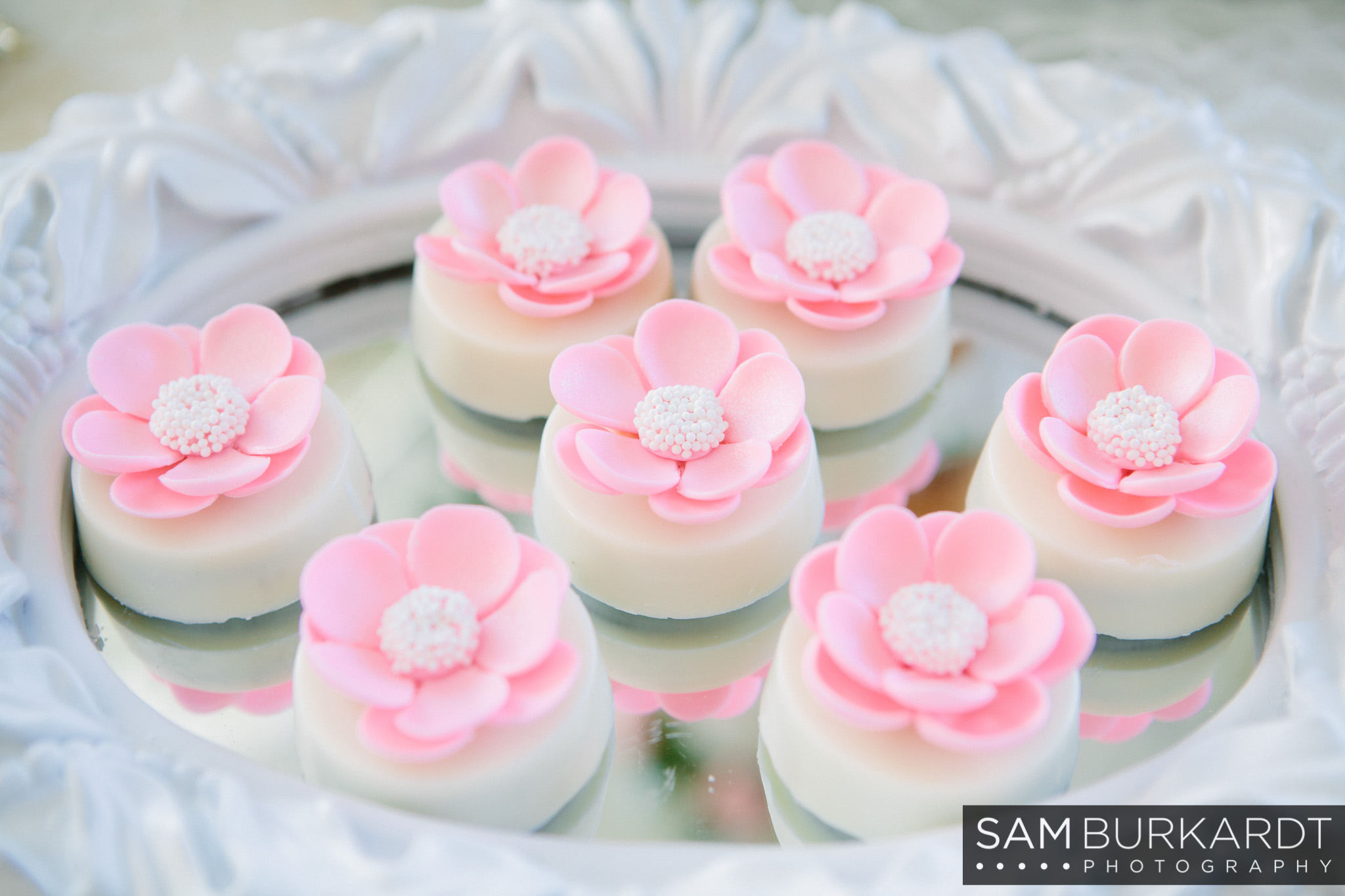 samburkardt_bridal_shower_trumbull_connecticut_photography_wedding_0016.jpg