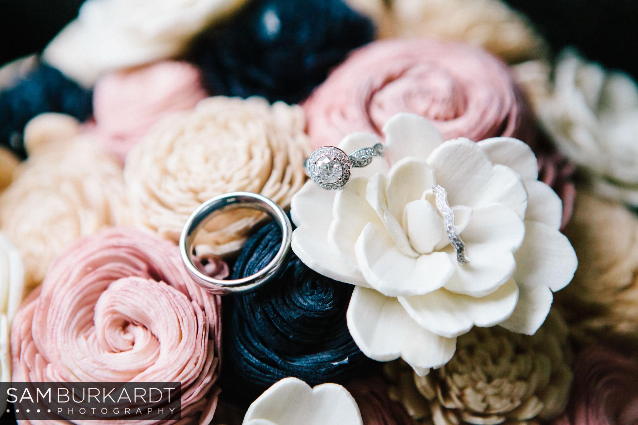 samburkardt_pond_house_hartford_wedding_fall_0002.jpg