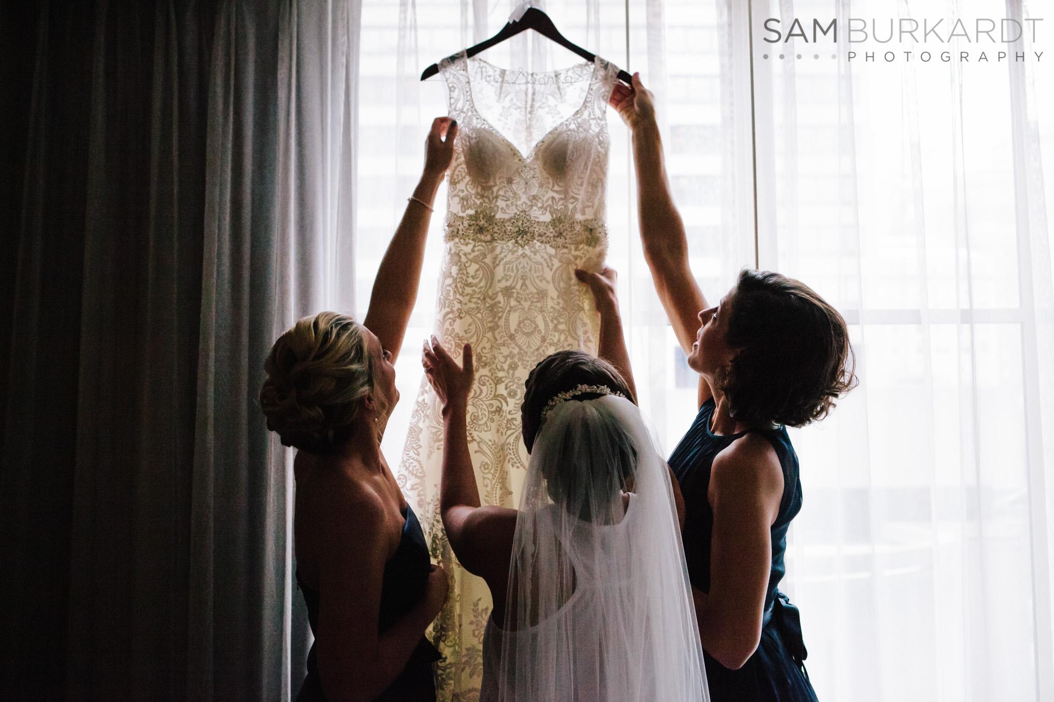 samburkardt_pond_house_hartford_wedding_fall_0003.jpg