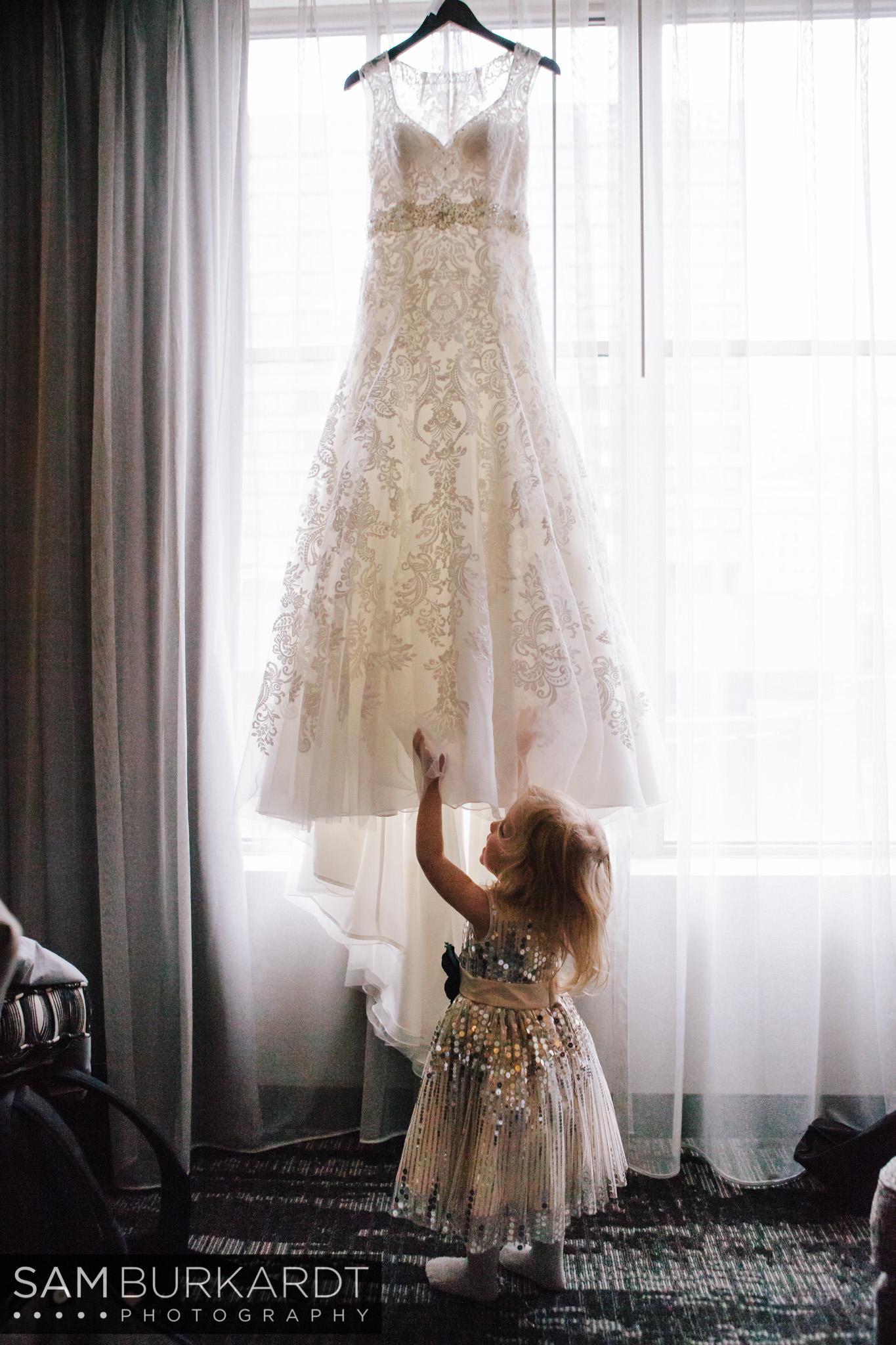 samburkardt_pond_house_hartford_wedding_fall_0006.jpg