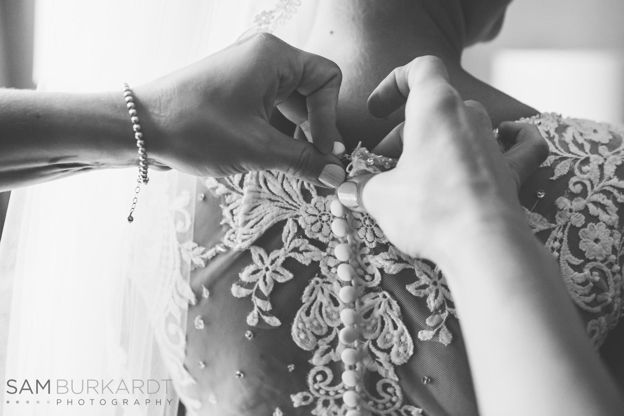 samburkardt_pond_house_hartford_wedding_fall_0015.jpg