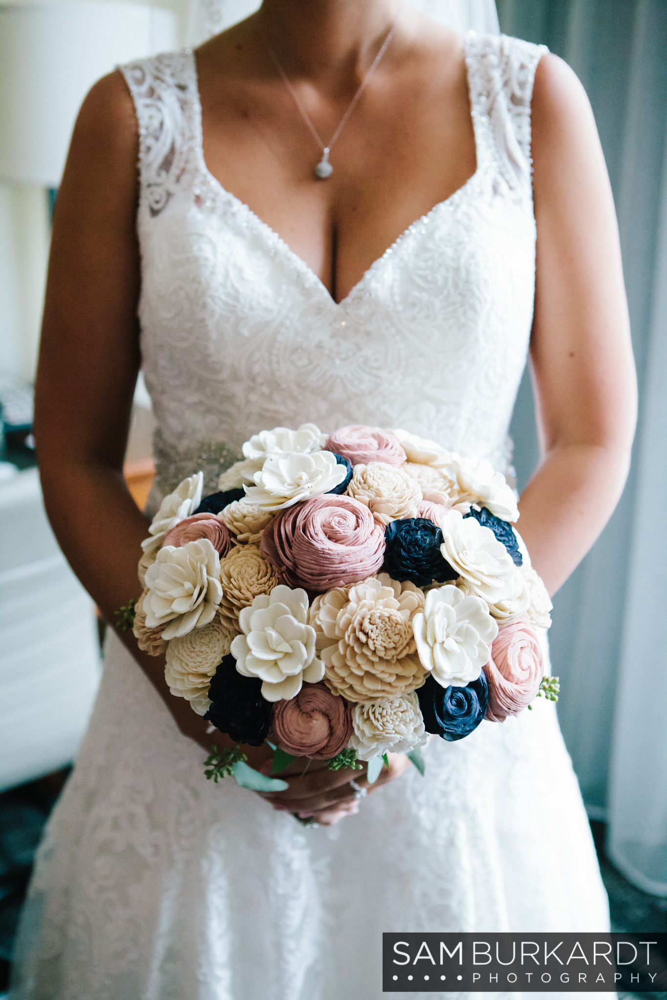 samburkardt_pond_house_hartford_wedding_fall_0018.jpg