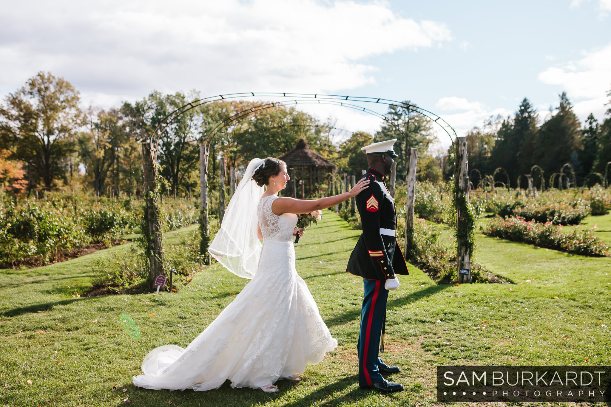 samburkardt_pond_house_hartford_wedding_fall_0020.jpg