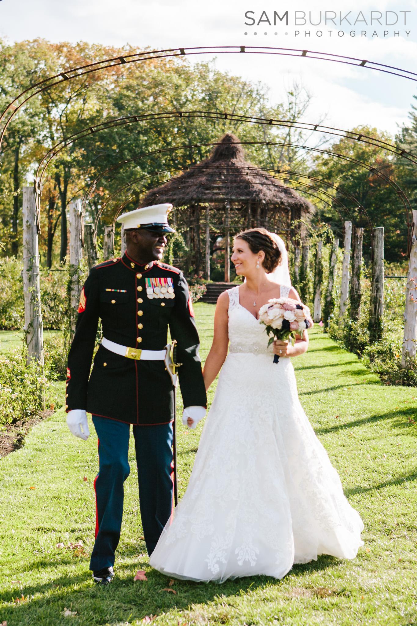 samburkardt_pond_house_hartford_wedding_fall_0031.jpg