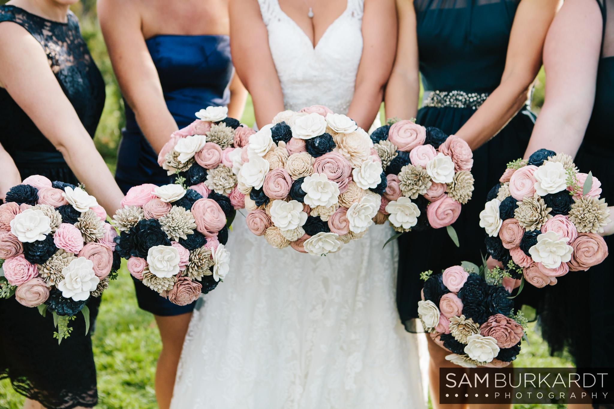 samburkardt_pond_house_hartford_wedding_fall_0038.jpg
