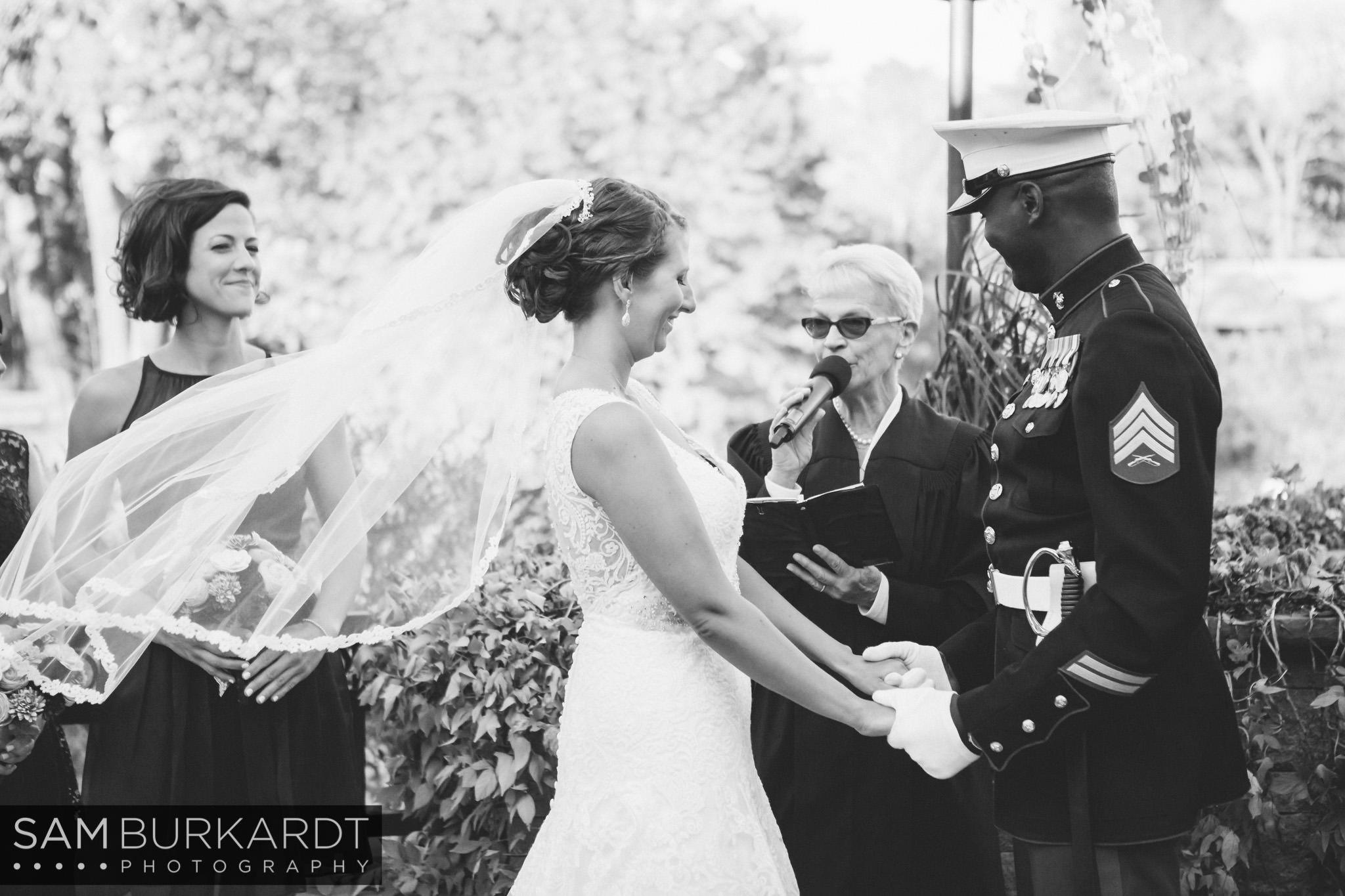 samburkardt_pond_house_hartford_wedding_fall_0044.jpg