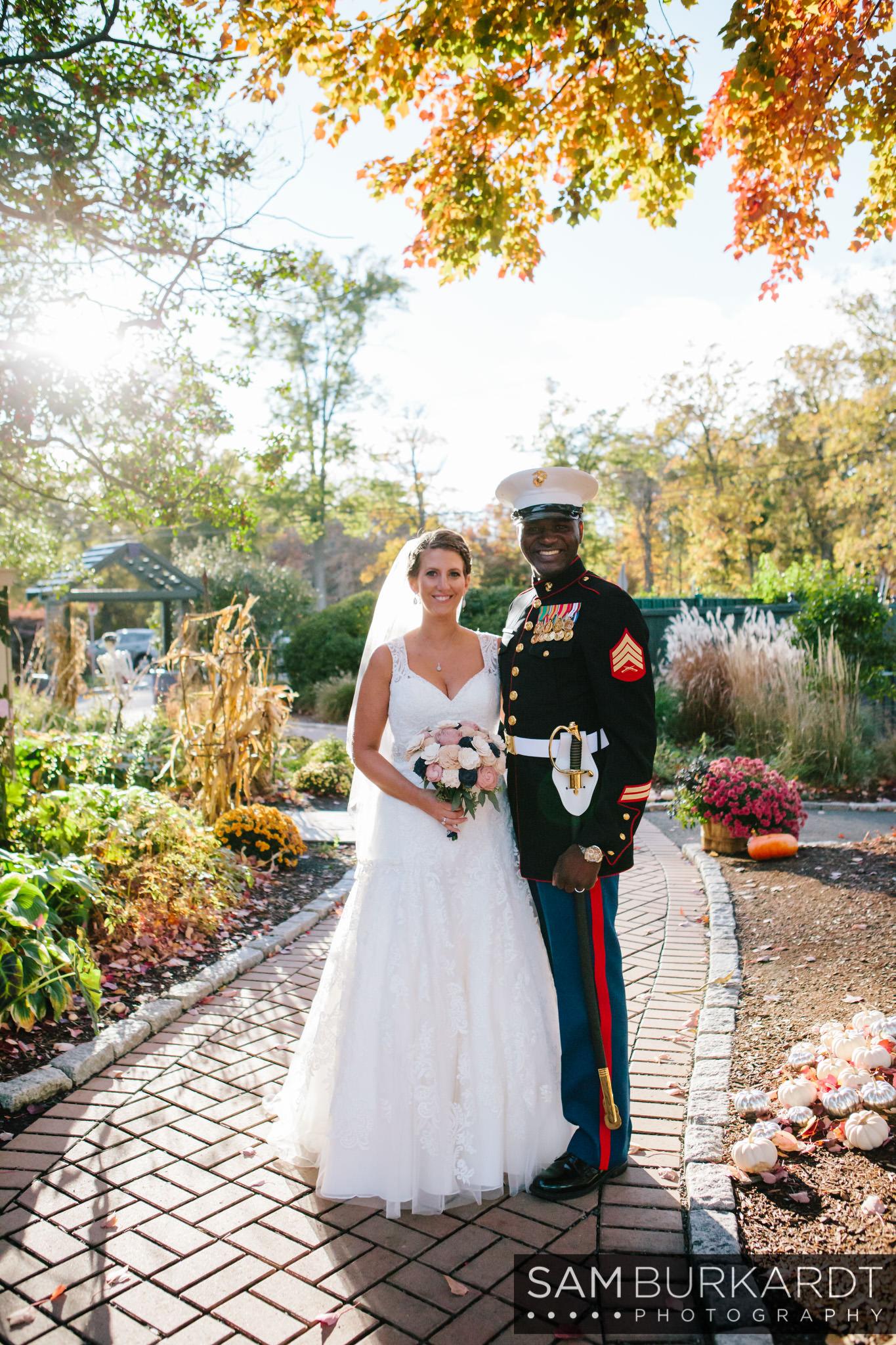 samburkardt_pond_house_hartford_wedding_fall_0048.jpg