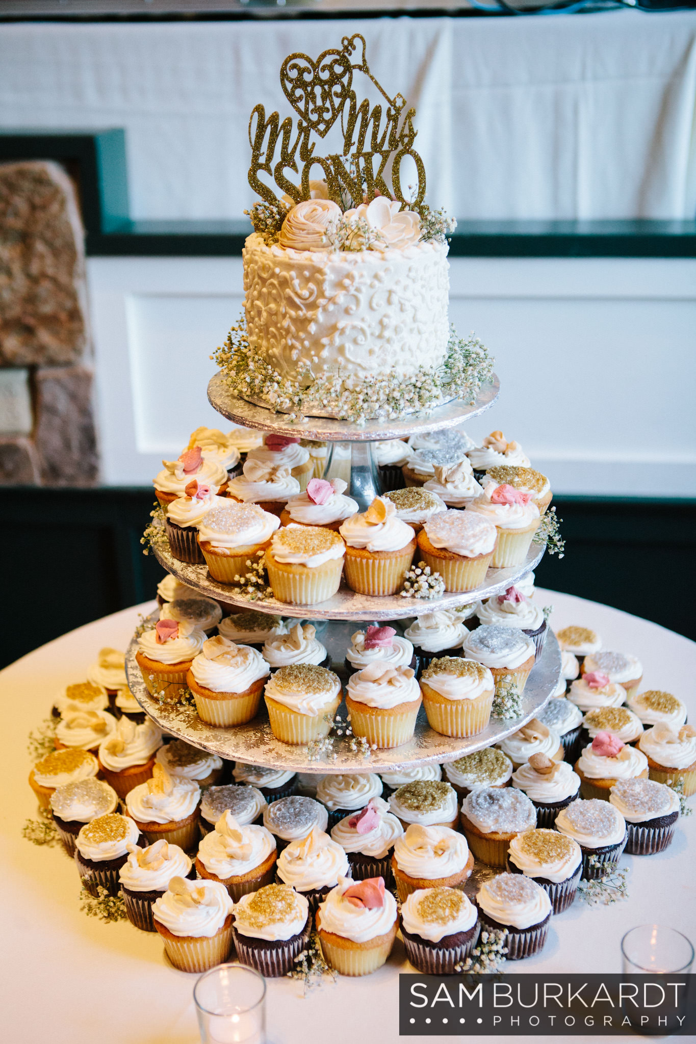 samburkardt_pond_house_hartford_wedding_fall_0054.jpg
