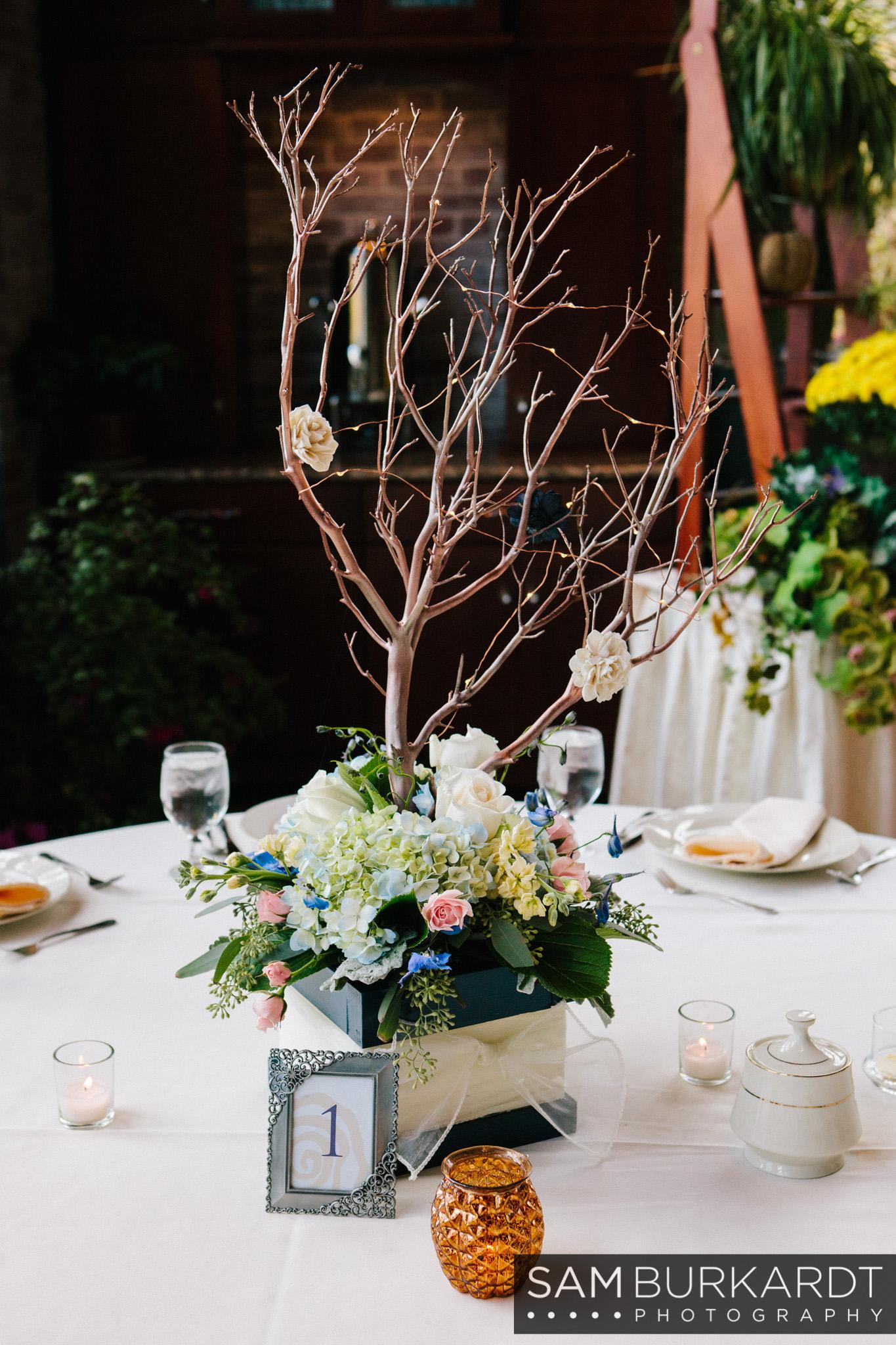 samburkardt_pond_house_hartford_wedding_fall_0057.jpg