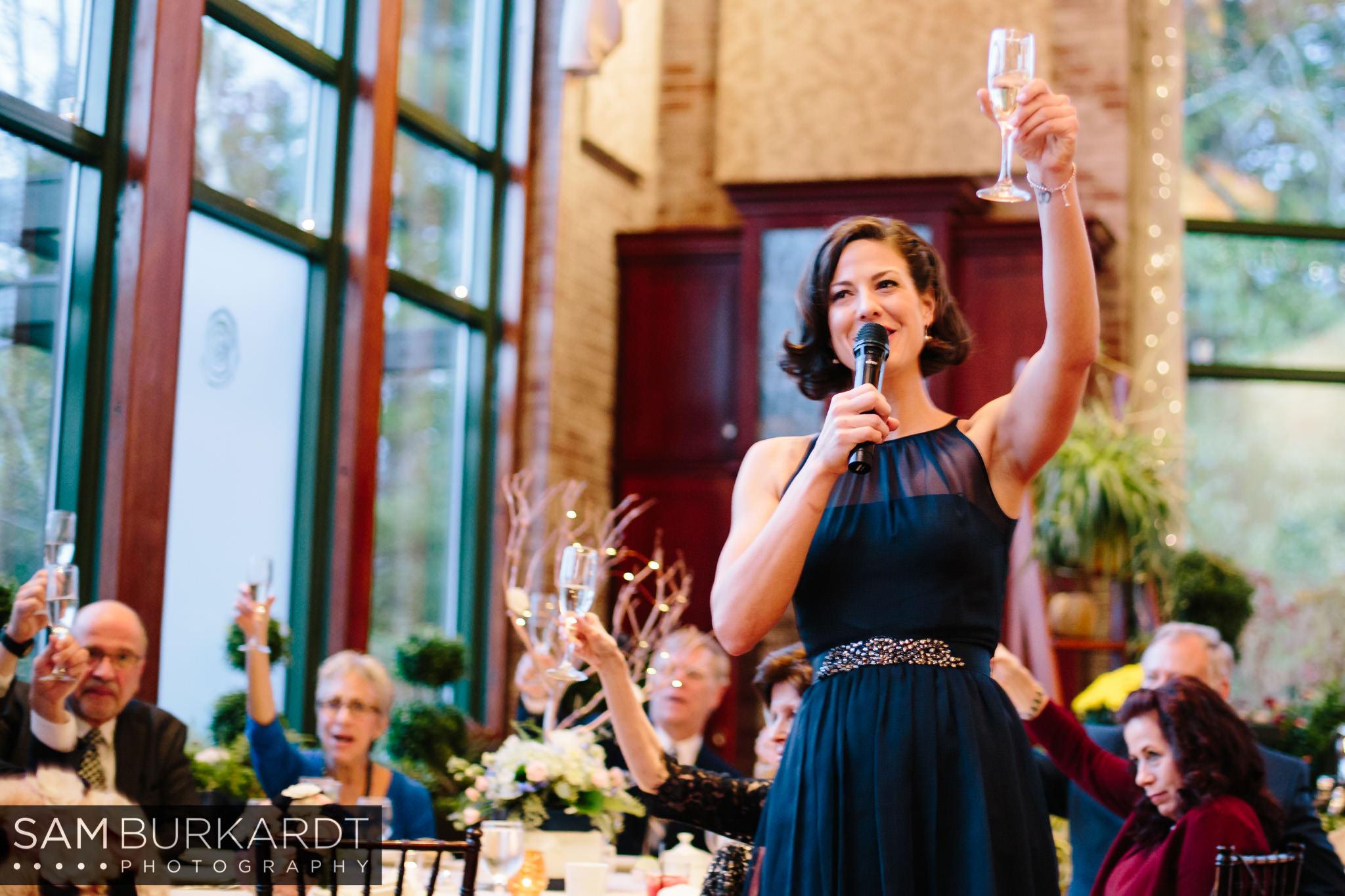 samburkardt_pond_house_hartford_wedding_fall_0061.jpg