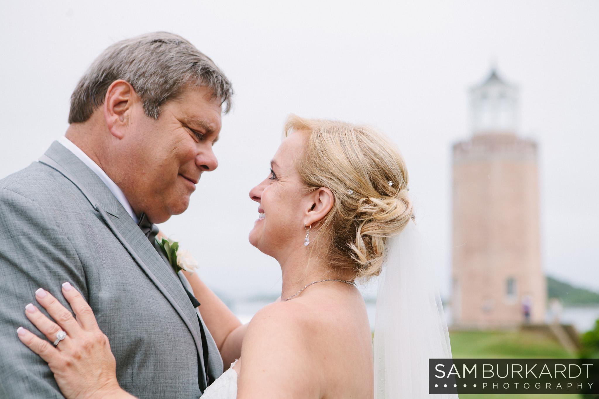 samburkardt_branford_house_groton_connecticut_wedding_0004.jpg