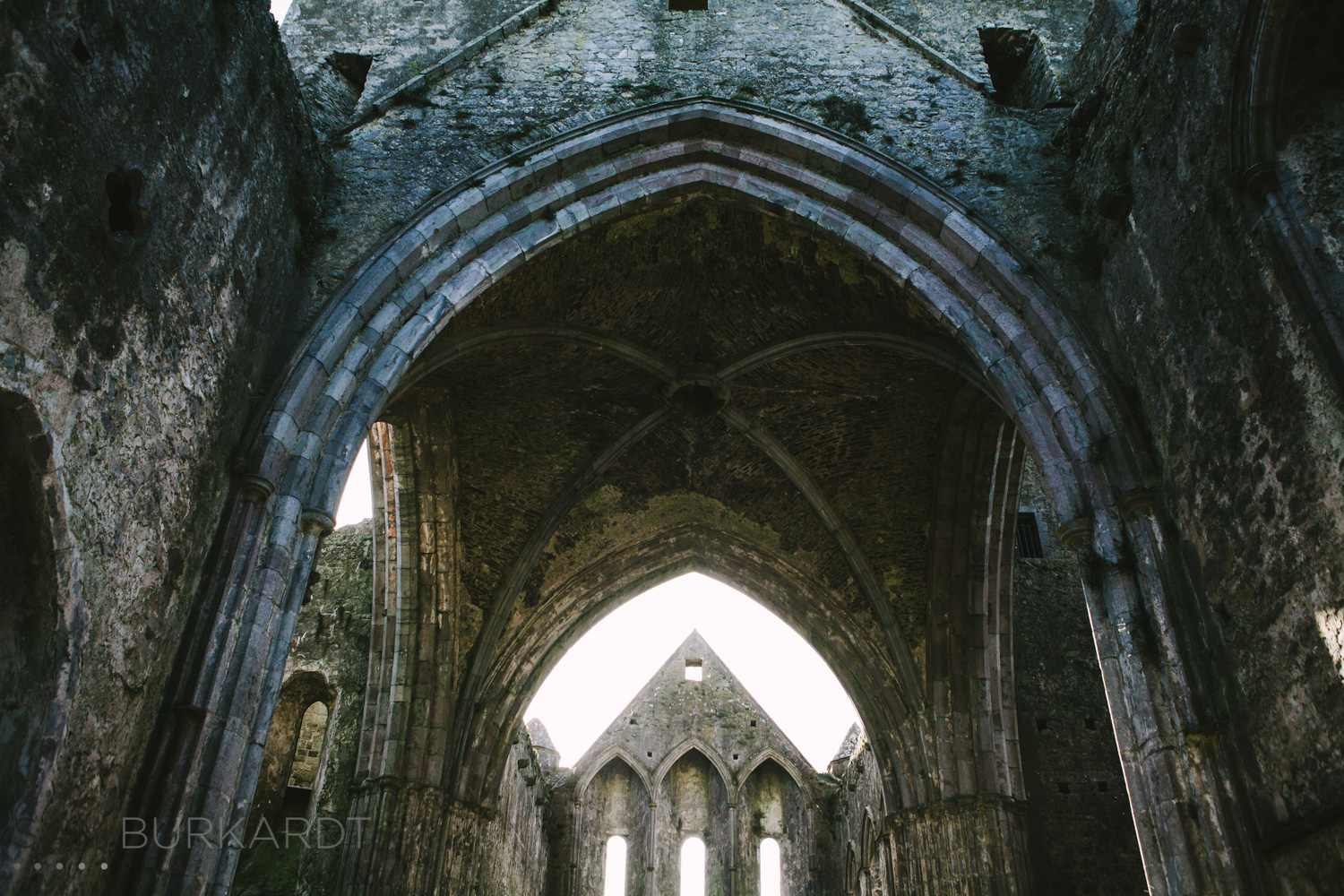 rock_cashel_ireland_travel_portrait_photography