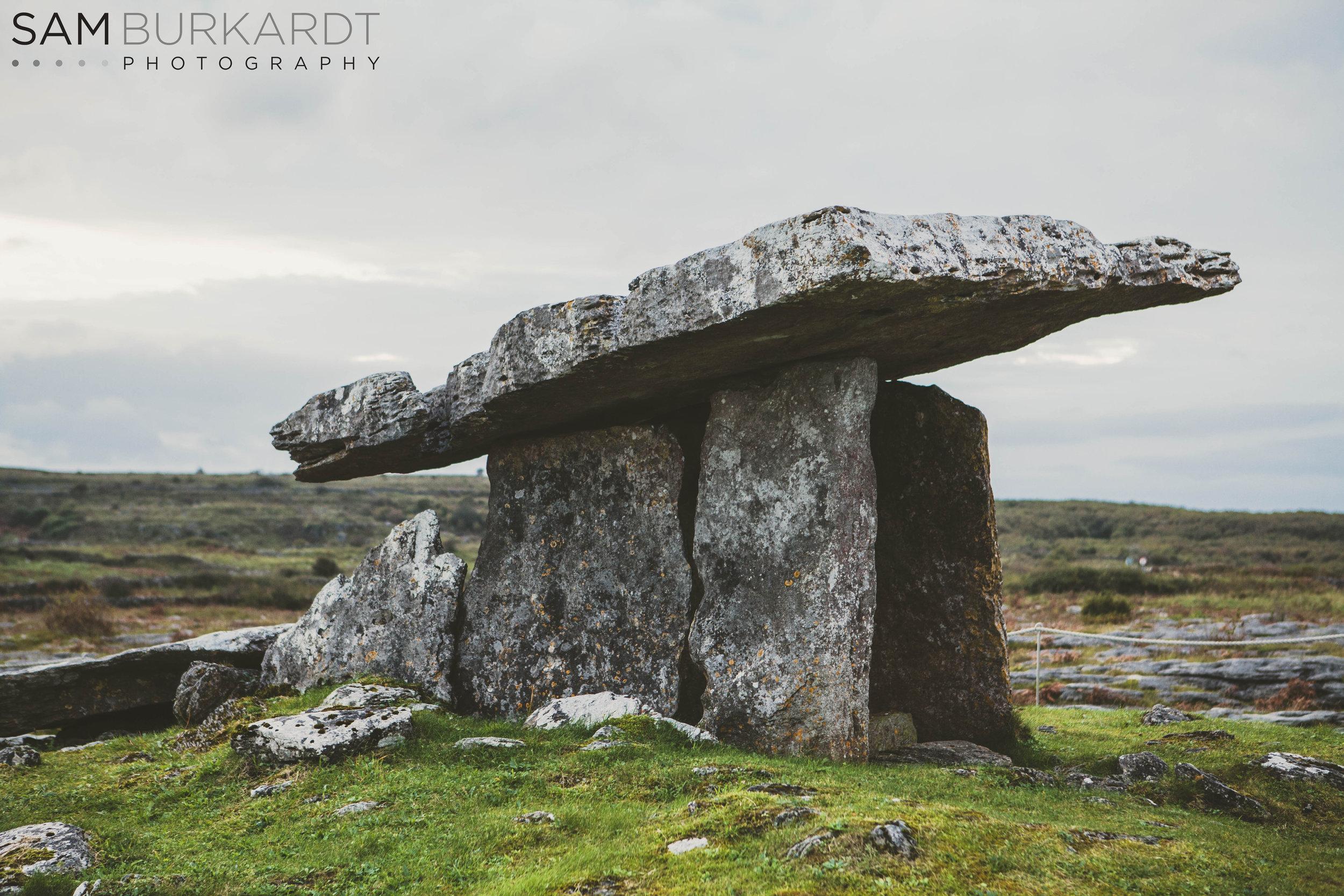 burren_ireland_Poulnabrone_Dolmen_history_photography