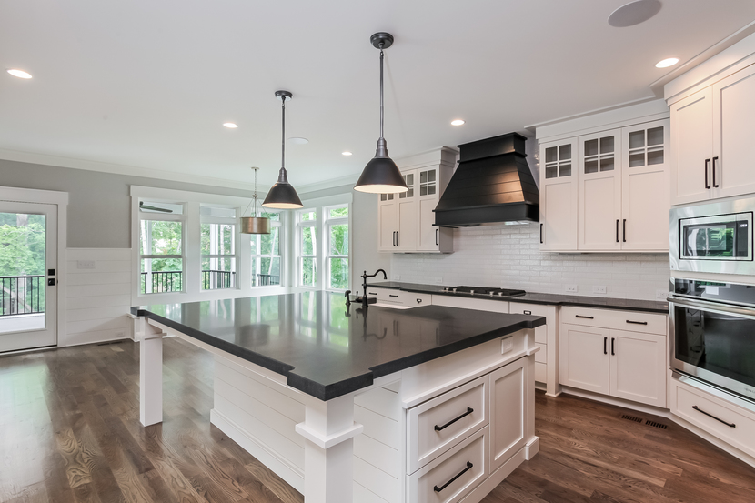 real_estate_photography_triad_kitchen