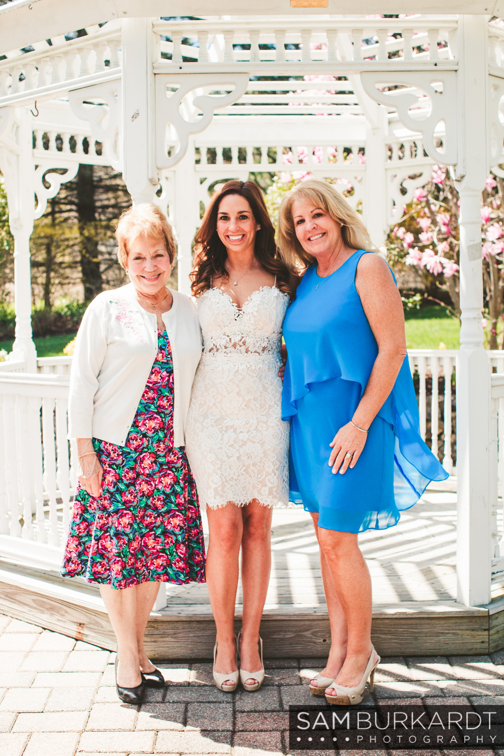 bridal_shower_connecticut_amber_room_0022.jpg