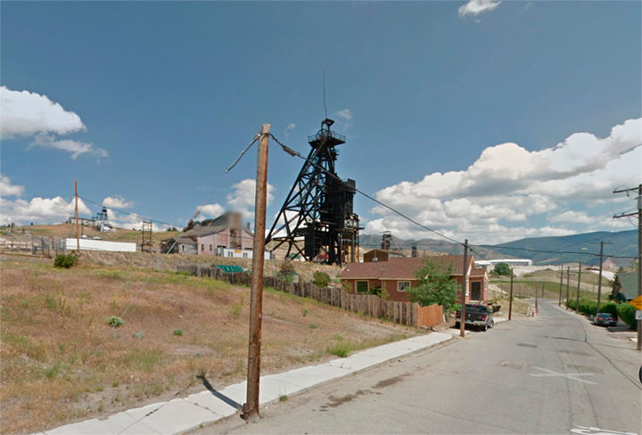 © 2013 Louise Levergneux,searching for manhole covers on Woolman Street in Butte, Montana