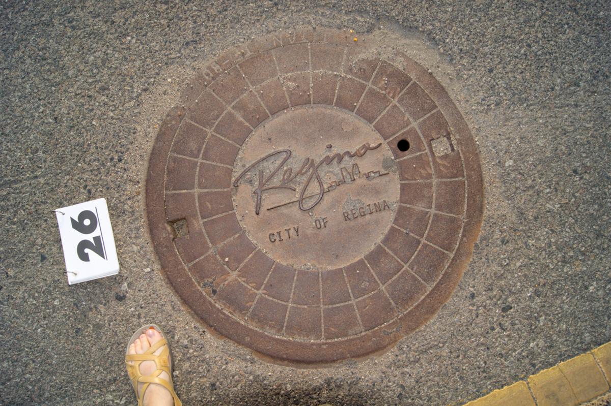 © 2016 Louise Levergneux, Saskatchewan manhole cover
