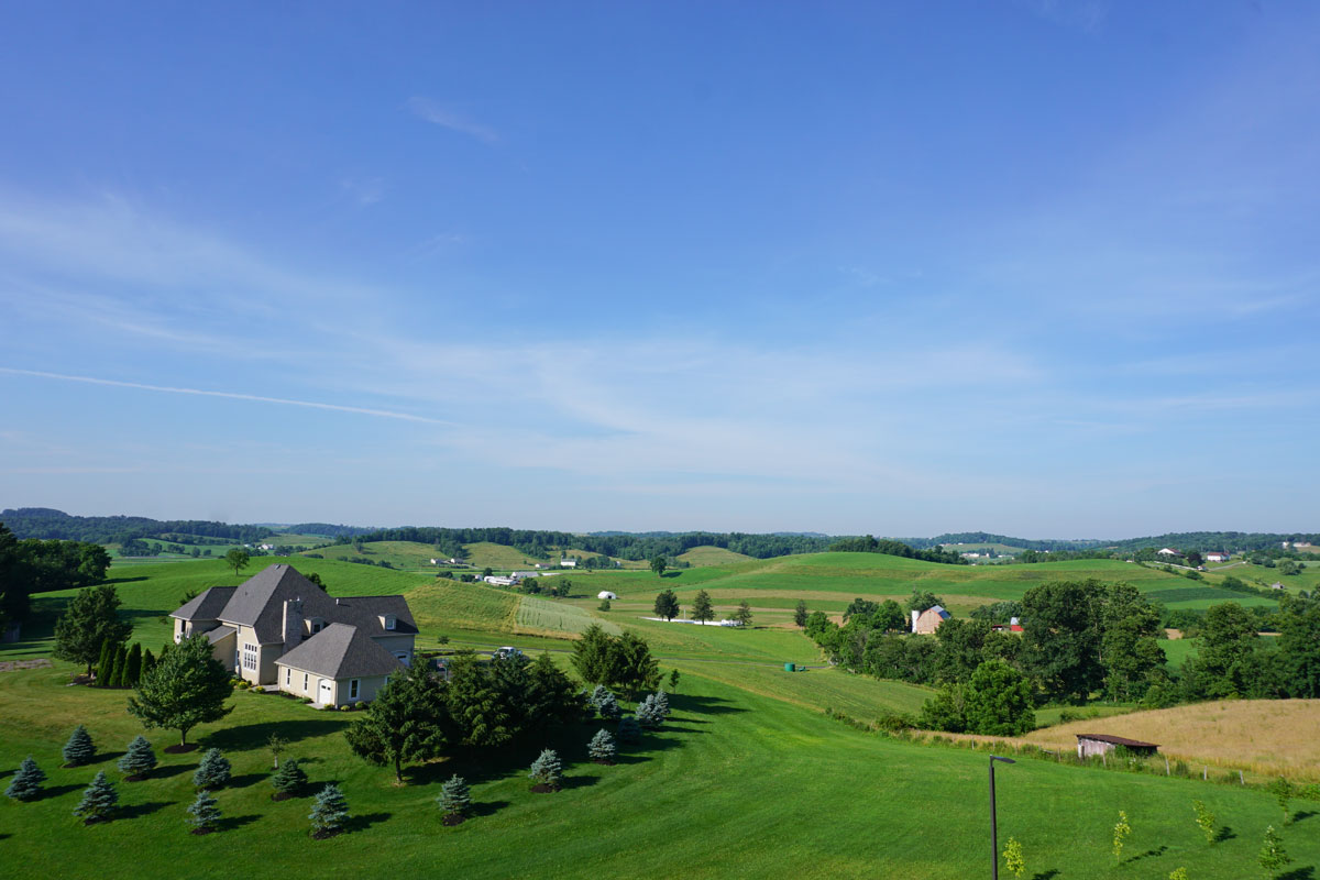 © 2018 Louise Levergneux, June 26th at 8:30 am, view from our room on the 5th floor of The Wallhouse Hotel, Walnut Creek, Ohio