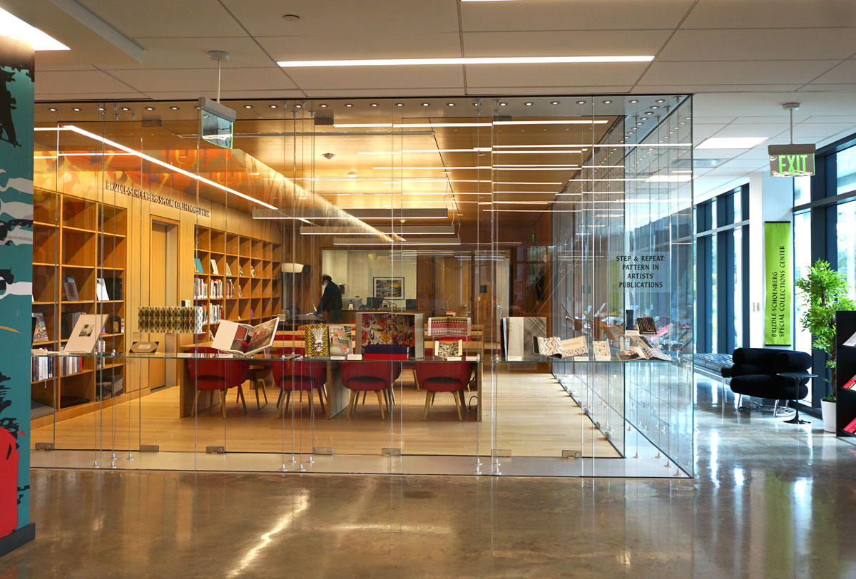 © 2019 Louise Levergneux. Brizdle-choenberg Special Collections Center at the Alfred R Goldstein Library.