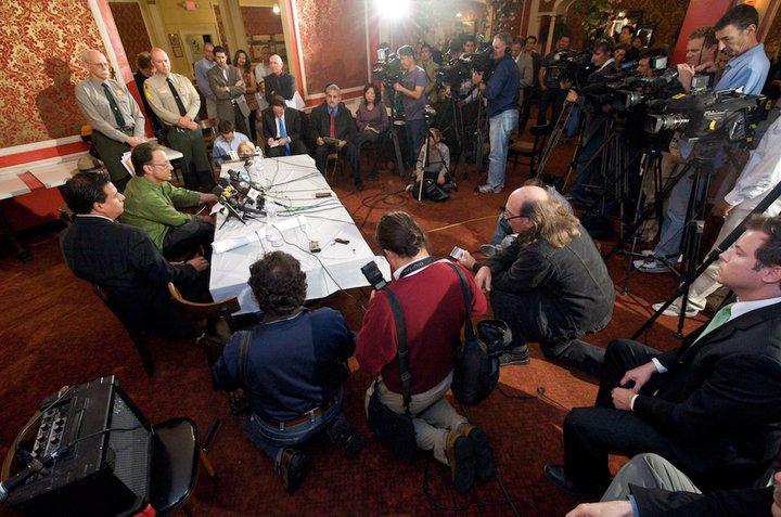 Ed Rosenthal press conference.jpg