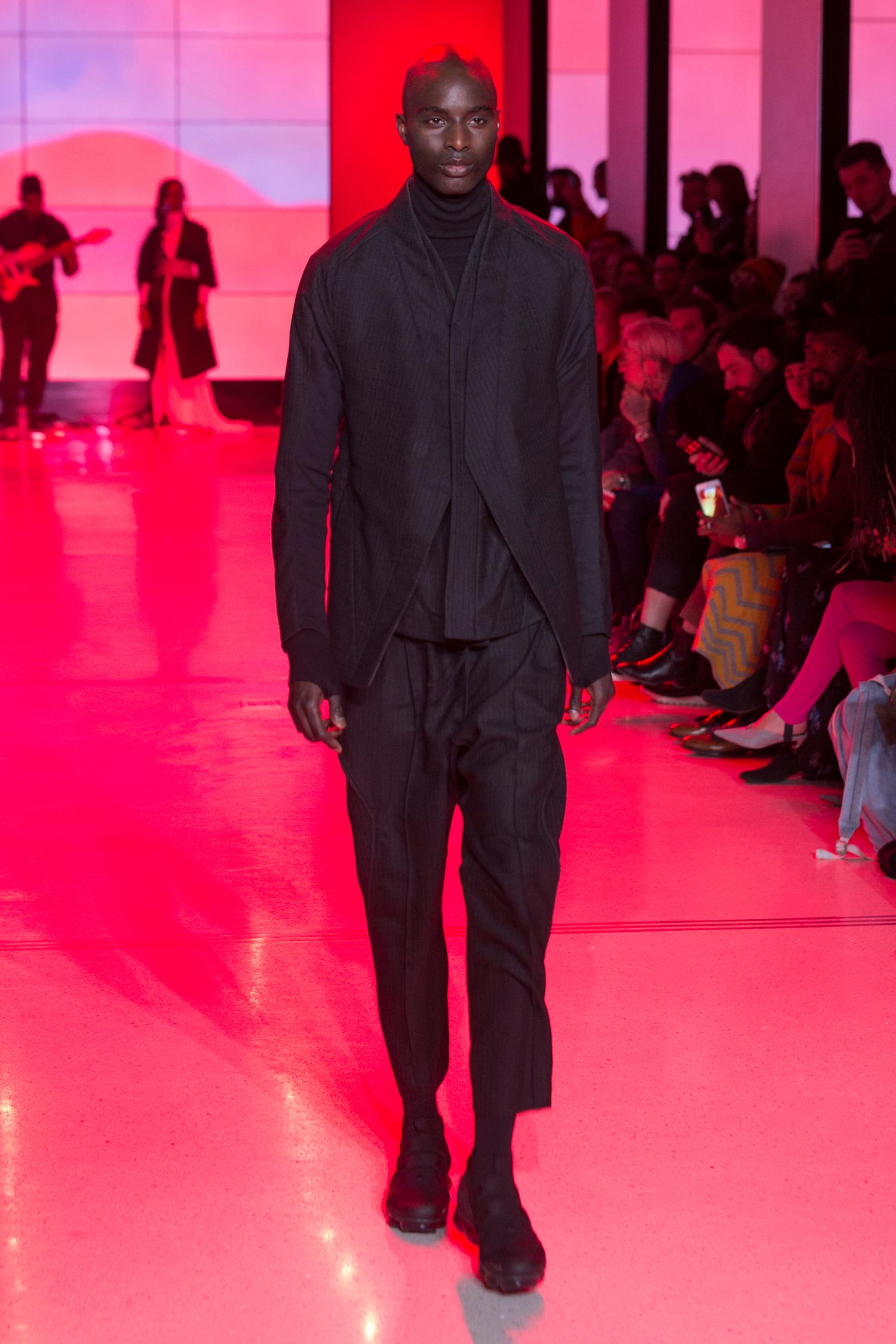 LOOK 1   ARC Jacket 5  / Black Wool   ARC Desert Shirt  / Black Wool   ARC Turtleneck  / Black Terry   ARC Taos Pant  / Black Wool   Nike Air VaporMax Utility
