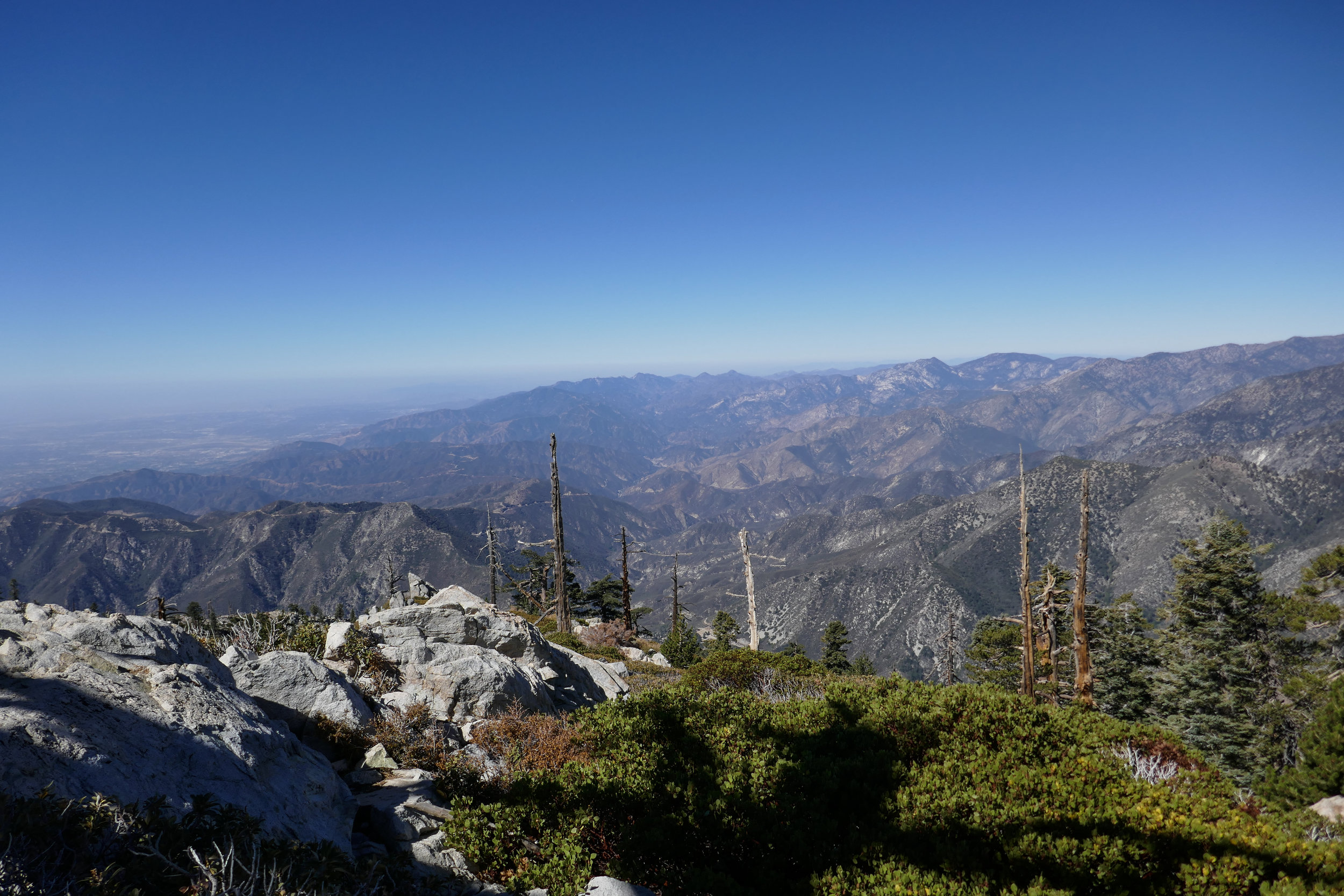 Look at this amazing view of the San Gabriel mountain range. Wow!