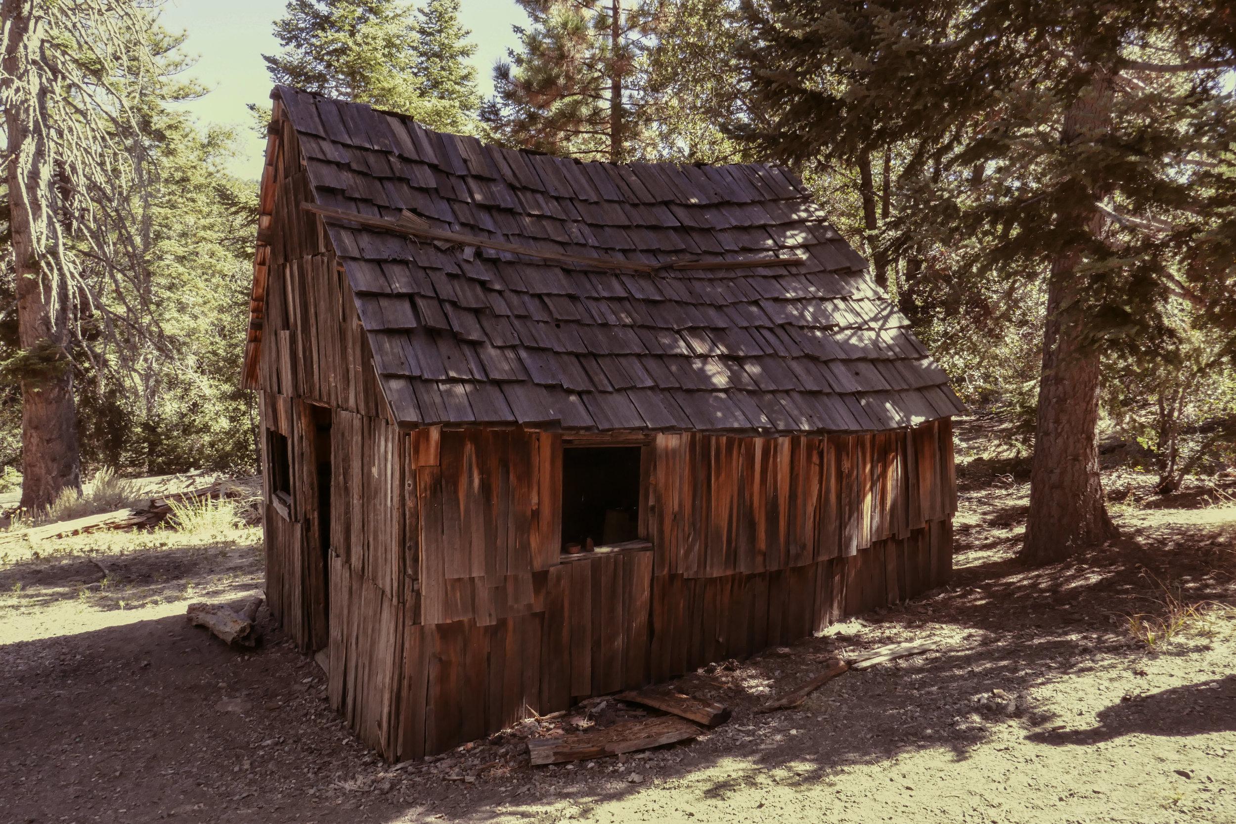 mt-baden-powell--vincents-cabin_37690787742_o.jpg