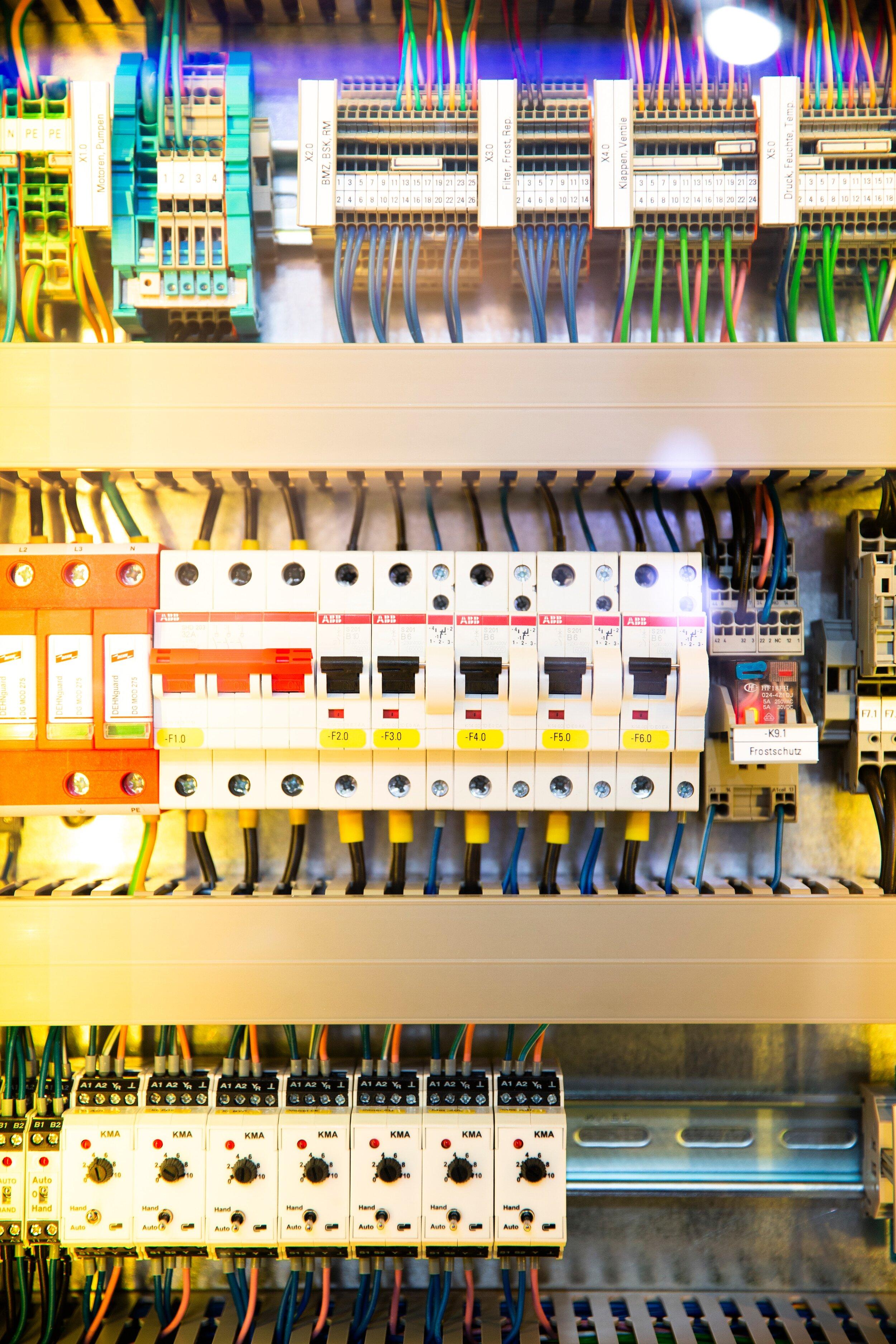 sew confident electricity