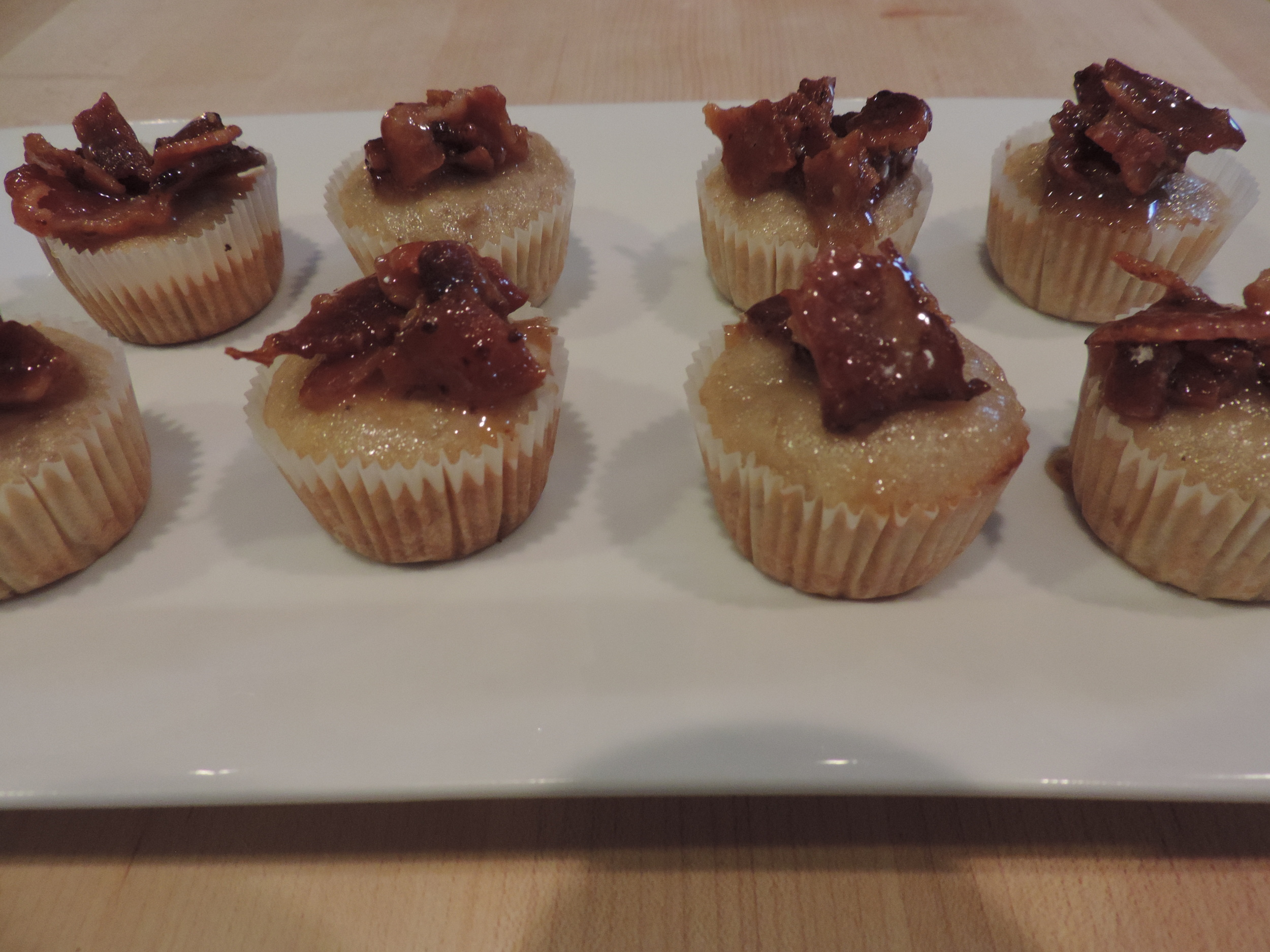 Banana Nut Bread Muffins with Bacon Crumble