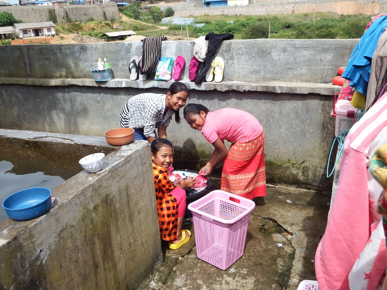 children washing clothes1.JPG