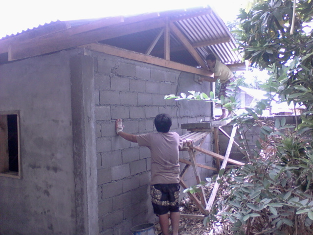 NUH construct - roofing.jpg