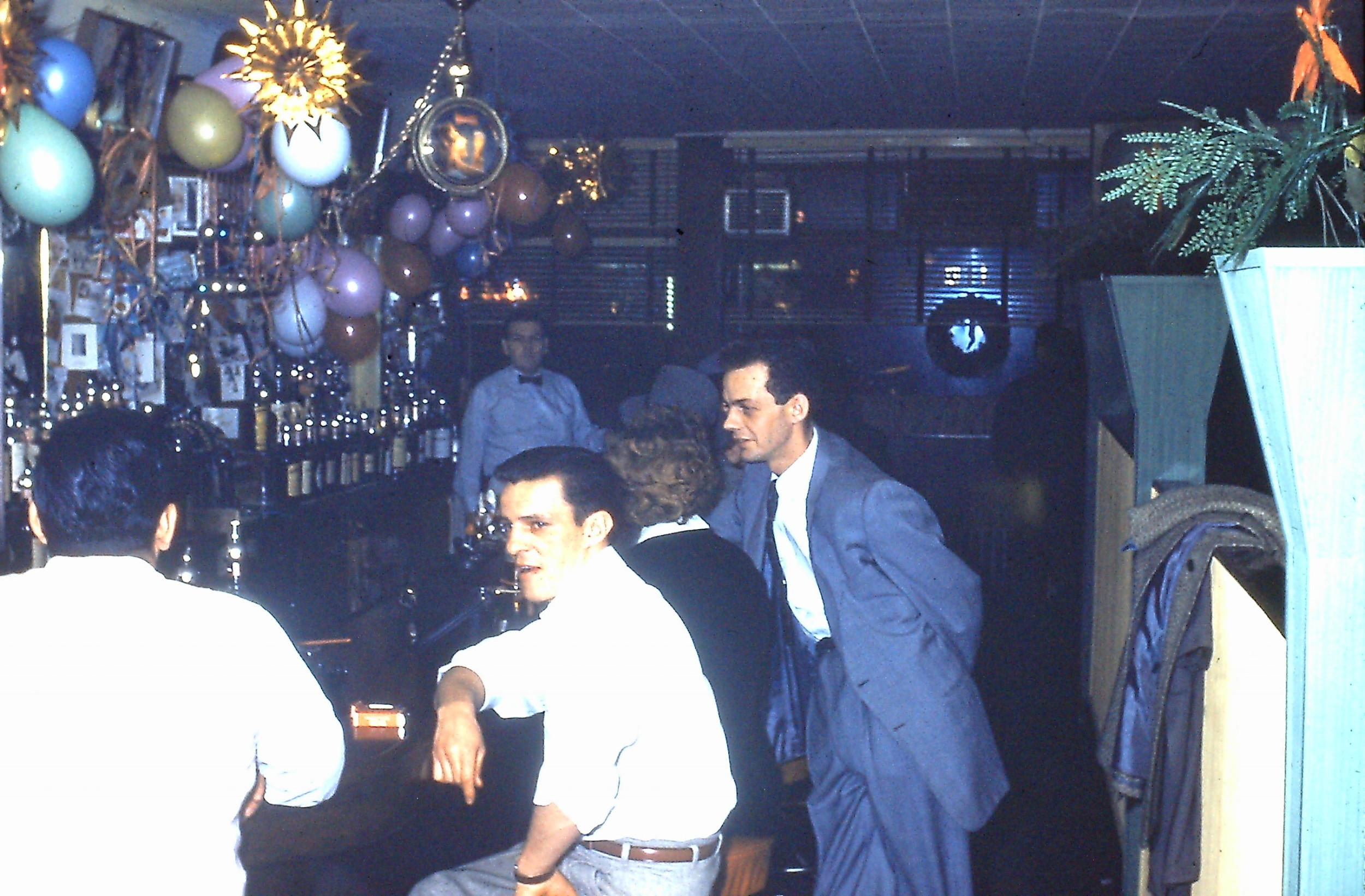 LI Bar 1959.JPG