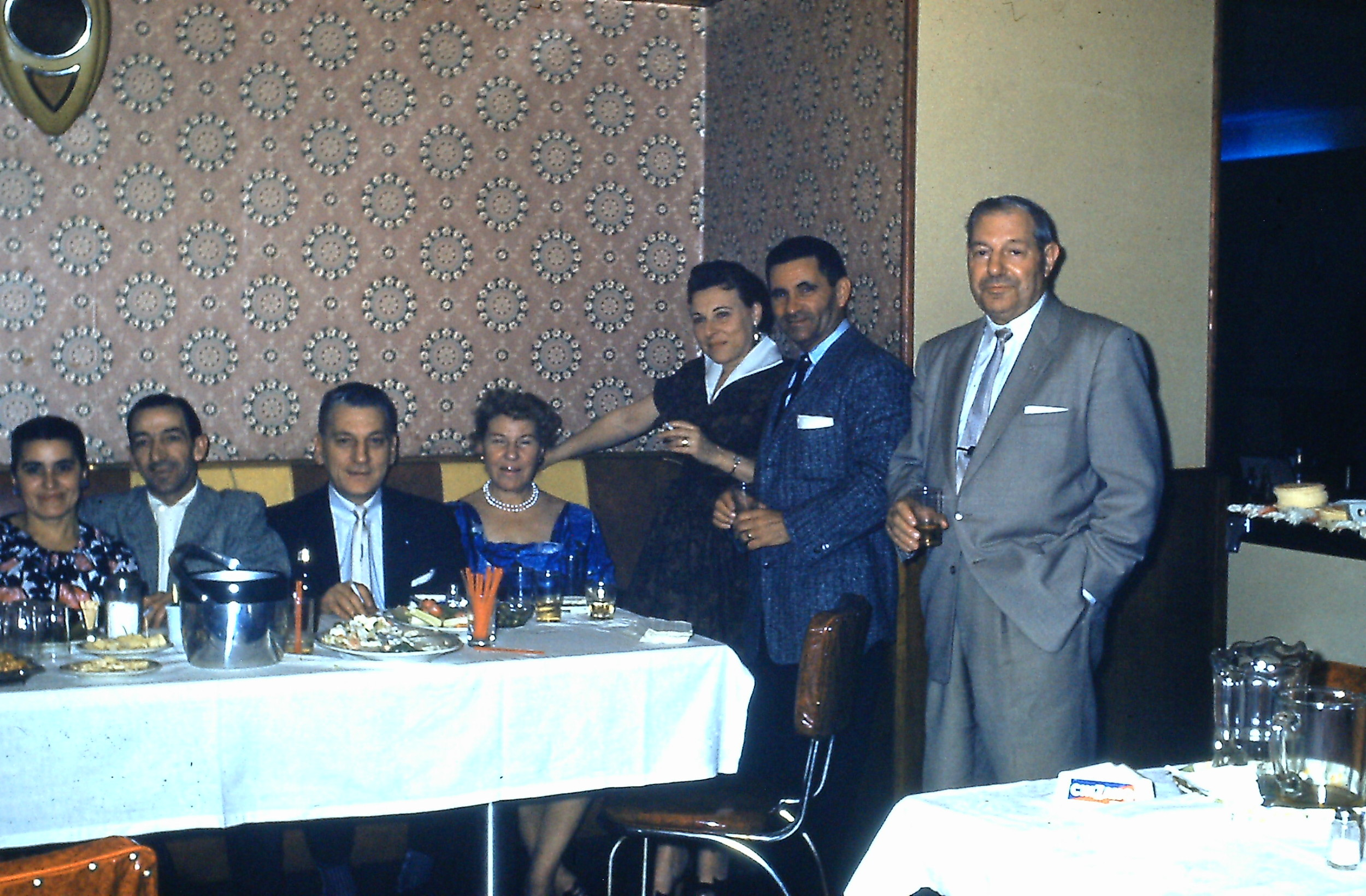 LI Bar back room 1959.JPG