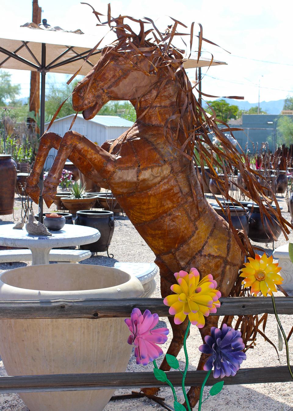 metal-statuary-horse-4.jpg