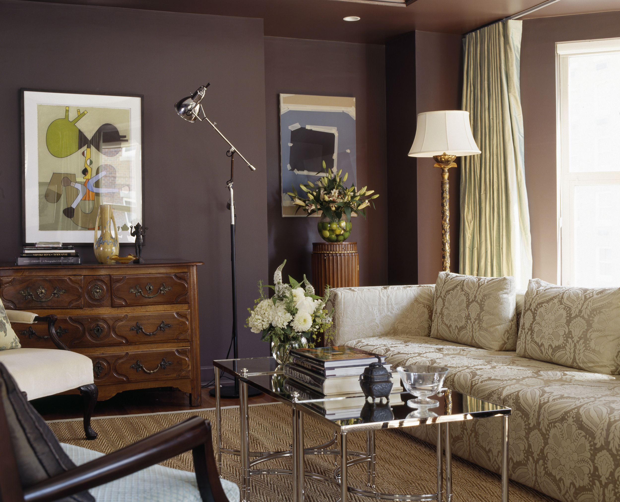Gentlemanly Quarters - New England Home Magazine