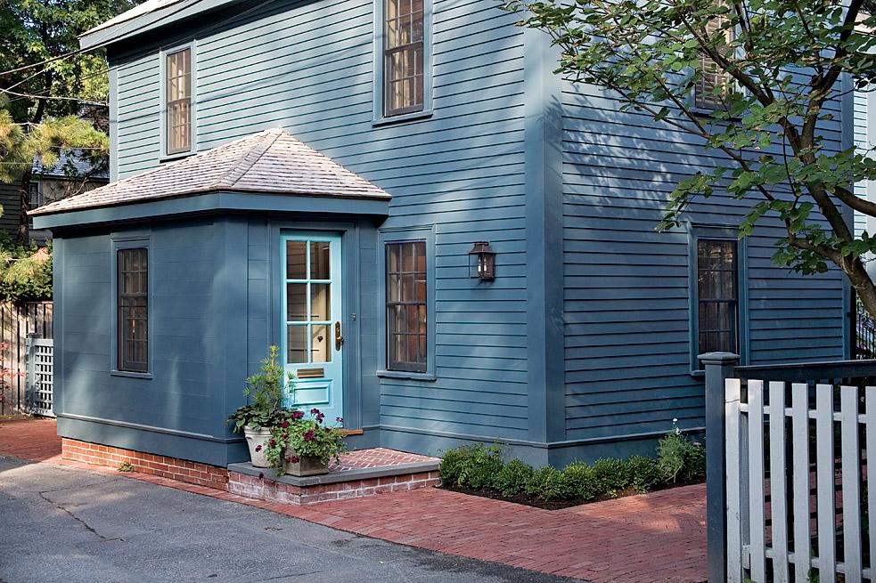 Cambridge Cottage - New England Dream House