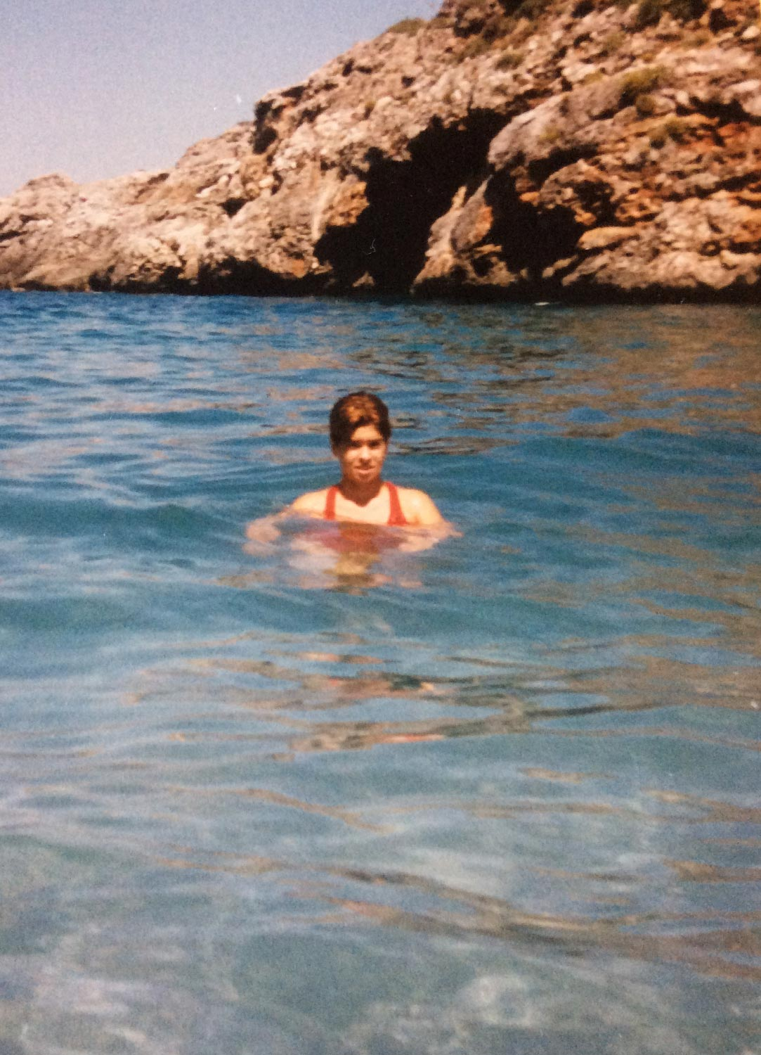 Teenage Lina Misitzis in the ocean