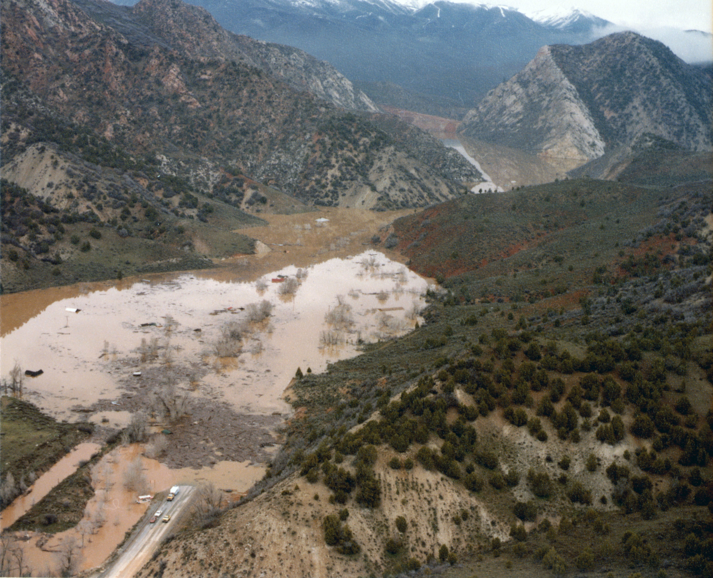 Thistle Lake rising in April 1983. Photo courtesy of the Utah State Archives and Records Service.
