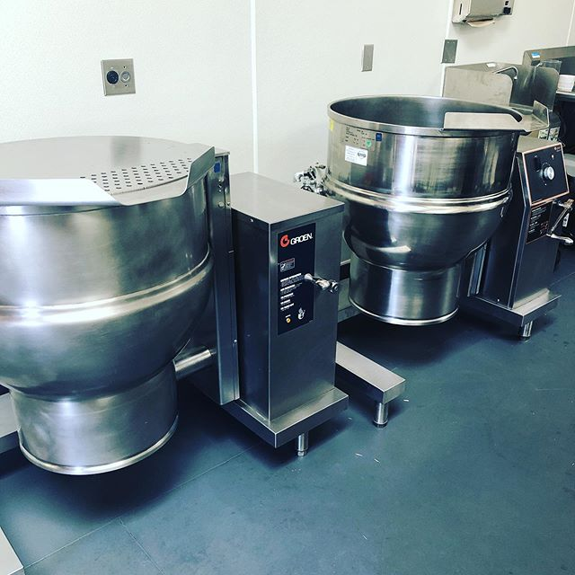 #winter #imreadyforyou #soupseason #double #sister kettles #welcome to the #mamatong #family ❤️❤️❤️ #isntshepretty #womanowned #madewithlove #berkeley #eastbay