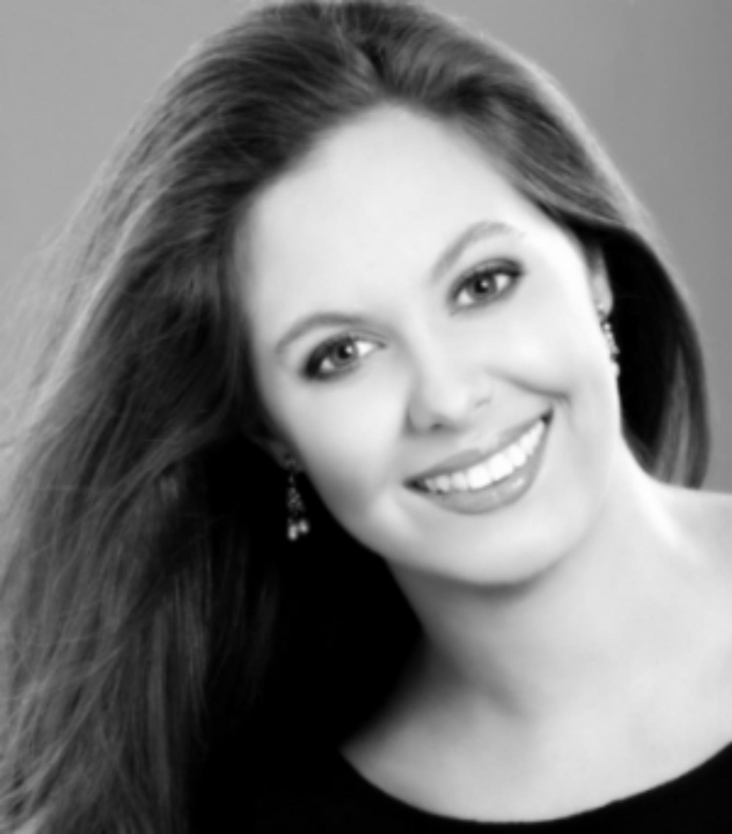 Ingrid Mikolajczyk headshot.jpg