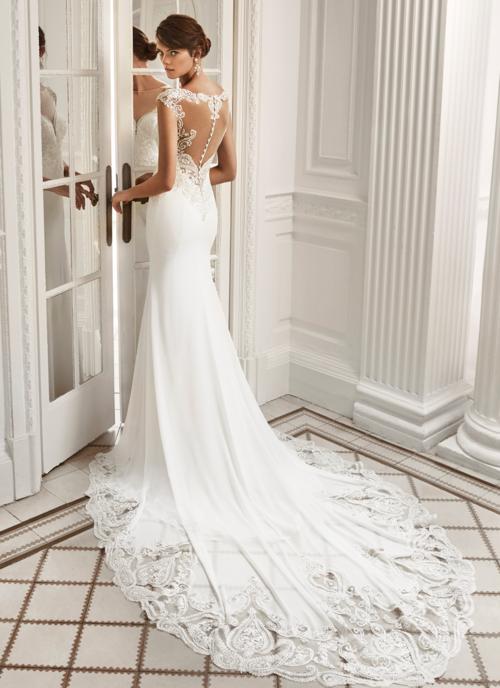 Lace low back illusion wedding dress buttons trumpet bridal gown tampa bridal shop Isabel O'Neil Luna Novas