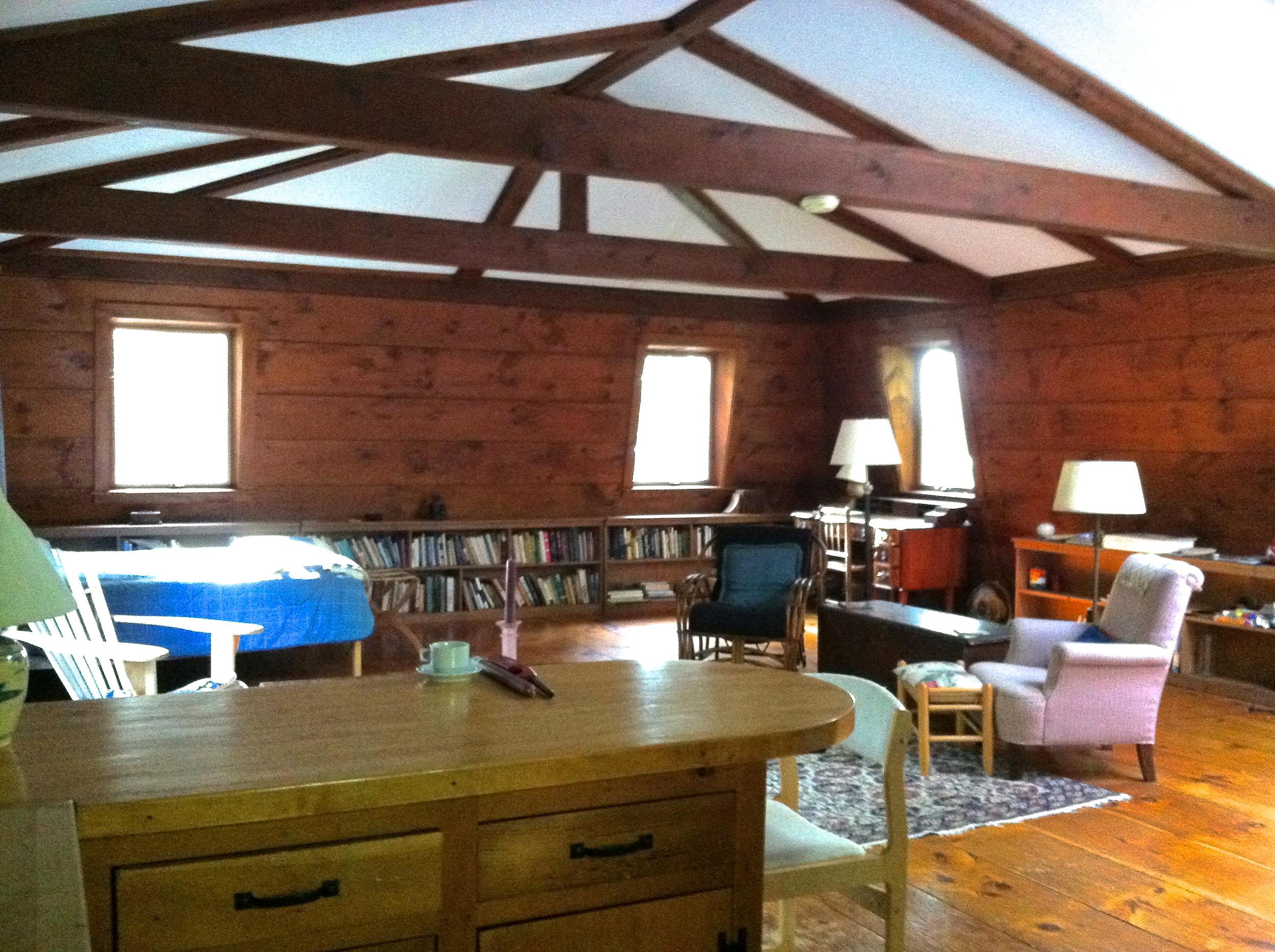 open floor work space