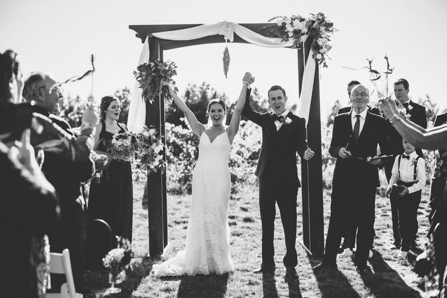 069Ontario Wedding Photography Darkhorse Winery .jpg