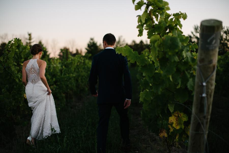 092Ontario Wedding Photography Darkhorse Winery .jpg