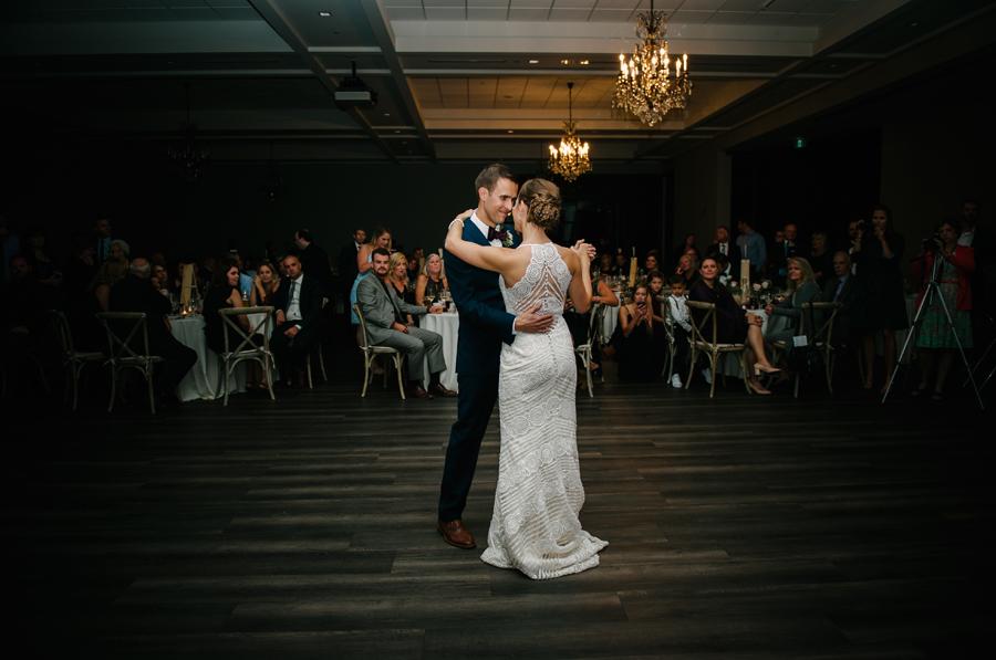 102Ontario Wedding Photography Darkhorse Winery .jpg