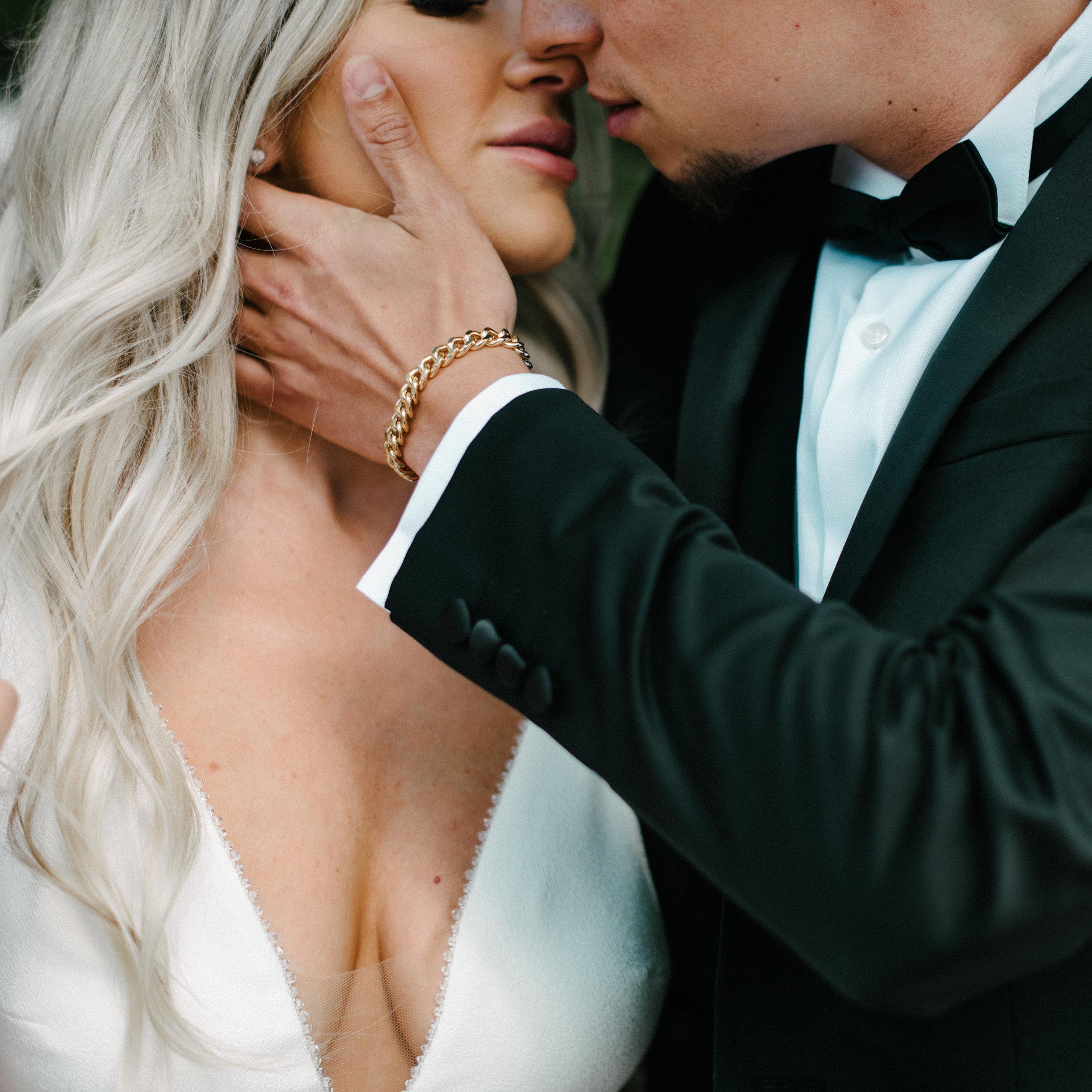 romantic bride and groom.jpg