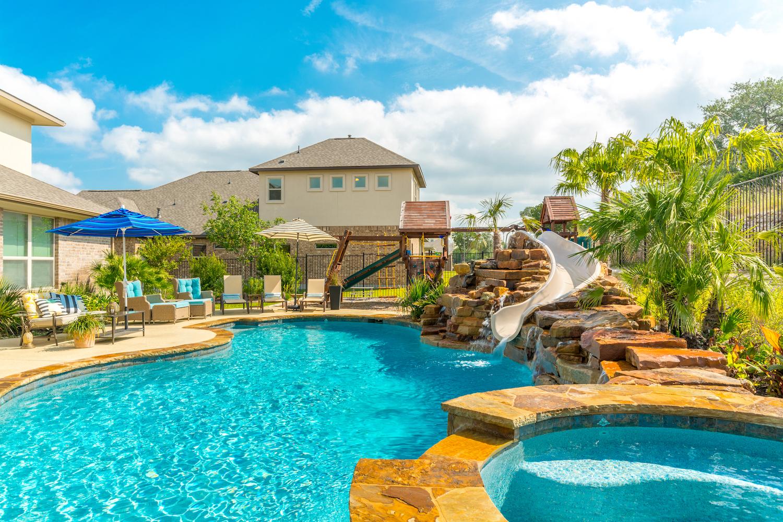 California Pools | Swimming Pool Company | Locations nationwide.
